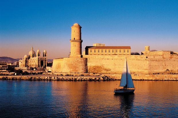 Funkelndes Mittelmeer - mit neuem Schiff !